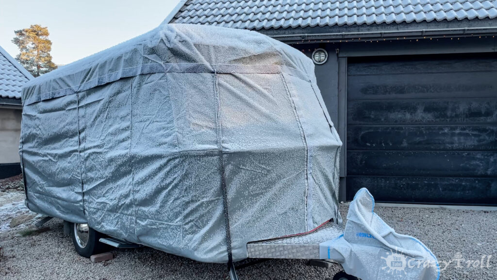Eriba caravan covers protecting against frost and moisture