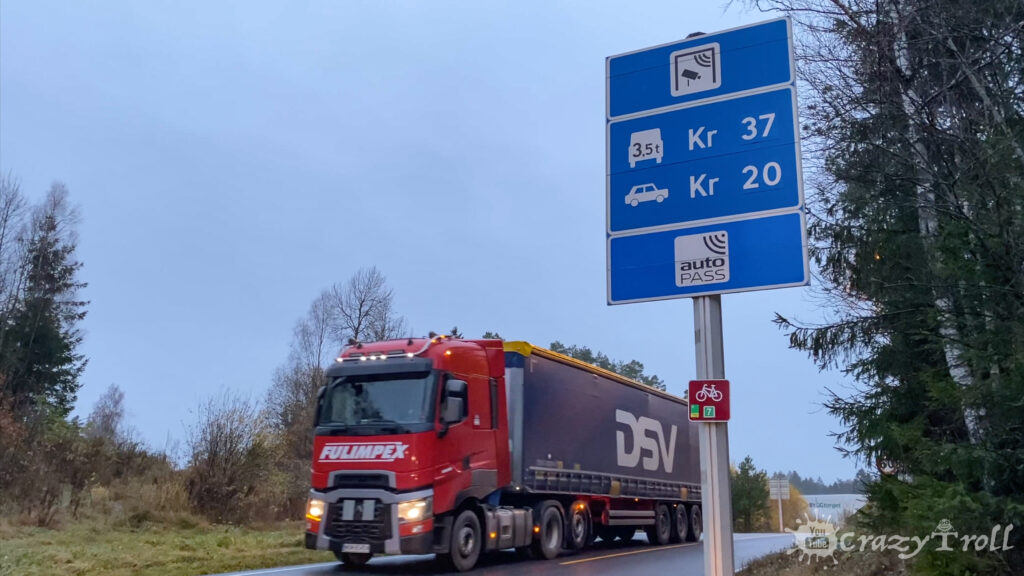 Price sign on toll roads in Norway
